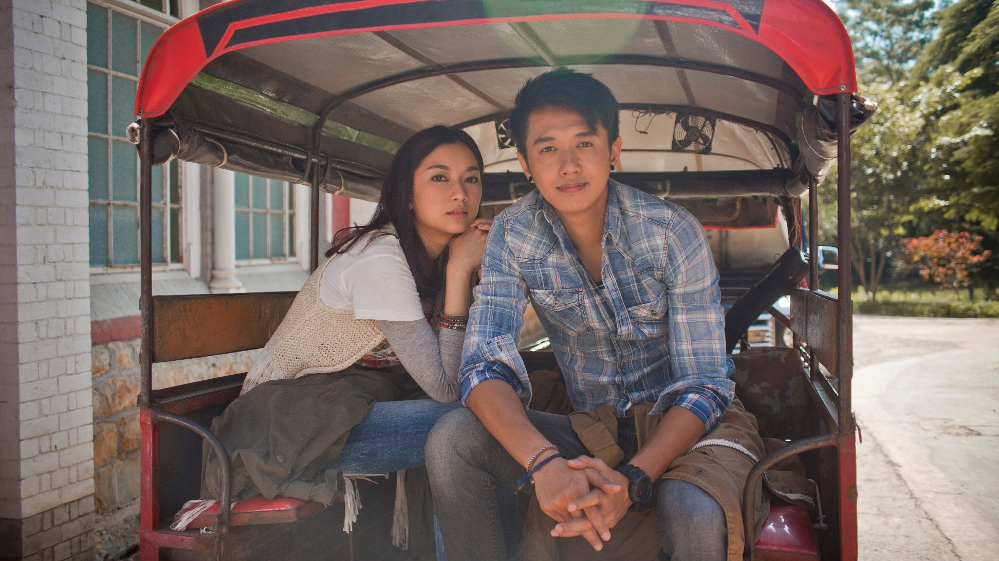 """ป๊อบสตาร์ชาวพม่า """"ไซ ไซ คำ แลง"""" สุดแฮปปี้ร่วมโปรเจ็กต์หนังสานสัมพันธ์ไทย-พม่า""""ถึงคน..ไม่คิดถึง From Bangkok To Mandalay"""""""
