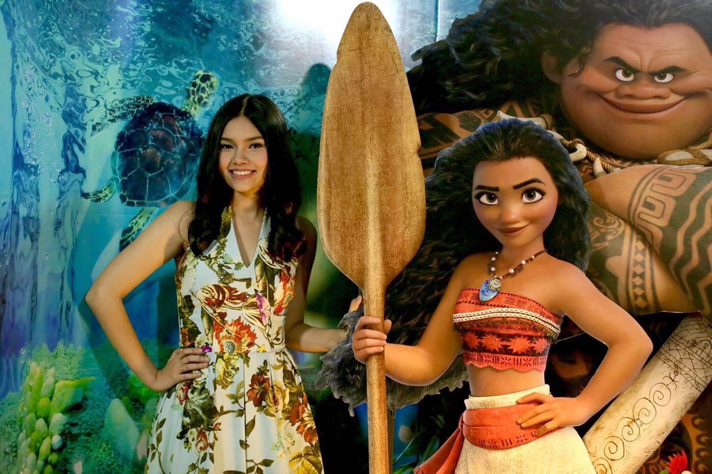 """MOANA ผจญภัยตำนานหมู่เกาะทะเลใต้ – เปิดตัว """"ไมร่า มณีภัสสร มอลลอย""""ผู้ให้เสียงโมอาน่าและร้องเพลงประกอบภาพยนตร์เวอร์ชั่นภาษาไทย"""