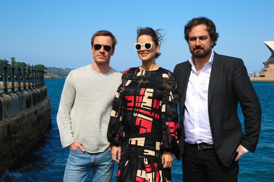 ไมเคิล ฟาสเบนเดอร์ ควง มารียง โกตียาร์ และผู้กำกับ โปรโมท Assassin's Creed ที่ ซิดนีย์เริ่มเดินสายโปรโมทกันแล้วกับเหล่านักแสดง นำโดย ไมเคิล ฟาสเบนเดอร์ , มารียง โกตียาร์ พร้อมด้วยผู้กำกับ จัสติน เคอร์เซล ที่พากันไปโปรโมทภาพยนตร์ Assassin's Creed กันที่ ซิดนีย์ ประเทศออสเตรเลีย