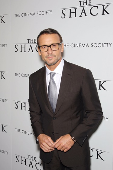 """""""ออคตาเวีย สเปนเซอร์"""" นักแสดงเจ้าของออสการ์ควงนักร้องแกรมมี่อวอร์ดส """"ทิม แม็คกรอว์""""                          เปิดตัวภาพยนตร์สร้างพลังใจแห่งปี """"THE SHACK"""""""